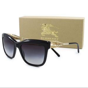 NEW Burberry Gabardine Lace Sunglasses Authentic